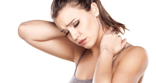 Mẹo hay điều trị chứng đau vai gáy khỏi cần vào bác sĩ
