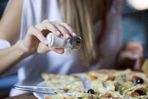 Ăn nhiều muối khiến trẻ béo phì già nhanh hơn